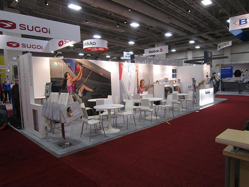 Exhibition Booth Activities : Fun trade show booth activities to drive traffic nimlok nyc